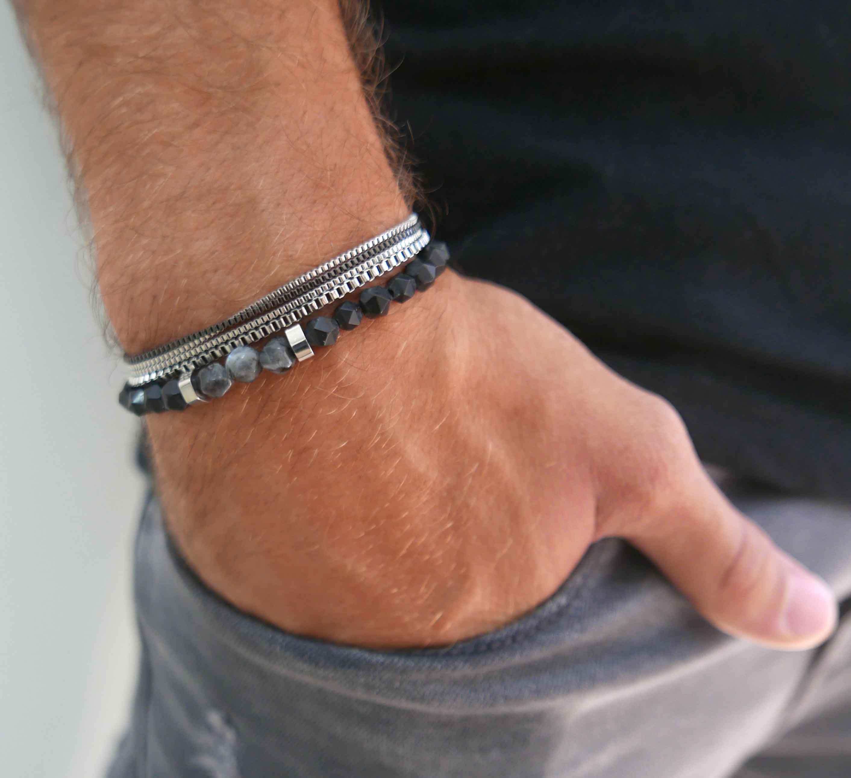 Men's Leather Bracelets Buying Guide - Dapper Dude